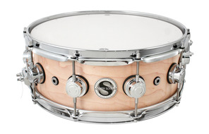 DW Collectors Series Super Solid Maple 5x14 Snare With Chrome Hardware