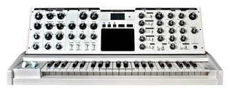 Pre-Owned Moog Minimoog Voyager Performer Edition, White