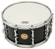 Pearl 14 X 7 Maple Snare Drum In Black Lacquer