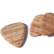 Timbertone Curly Maple Guitar Pick