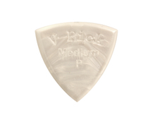 V Pick Medium Pointed Tip Pearl</P>